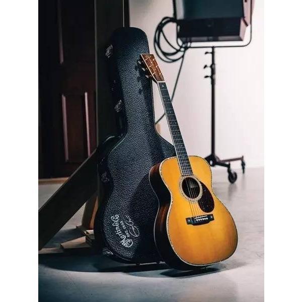 Eric Clapton's five most classic guitars-Martin 000-28ec acoustic guitar #2 image